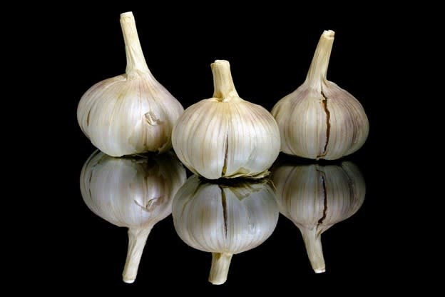 garlic odours in the home