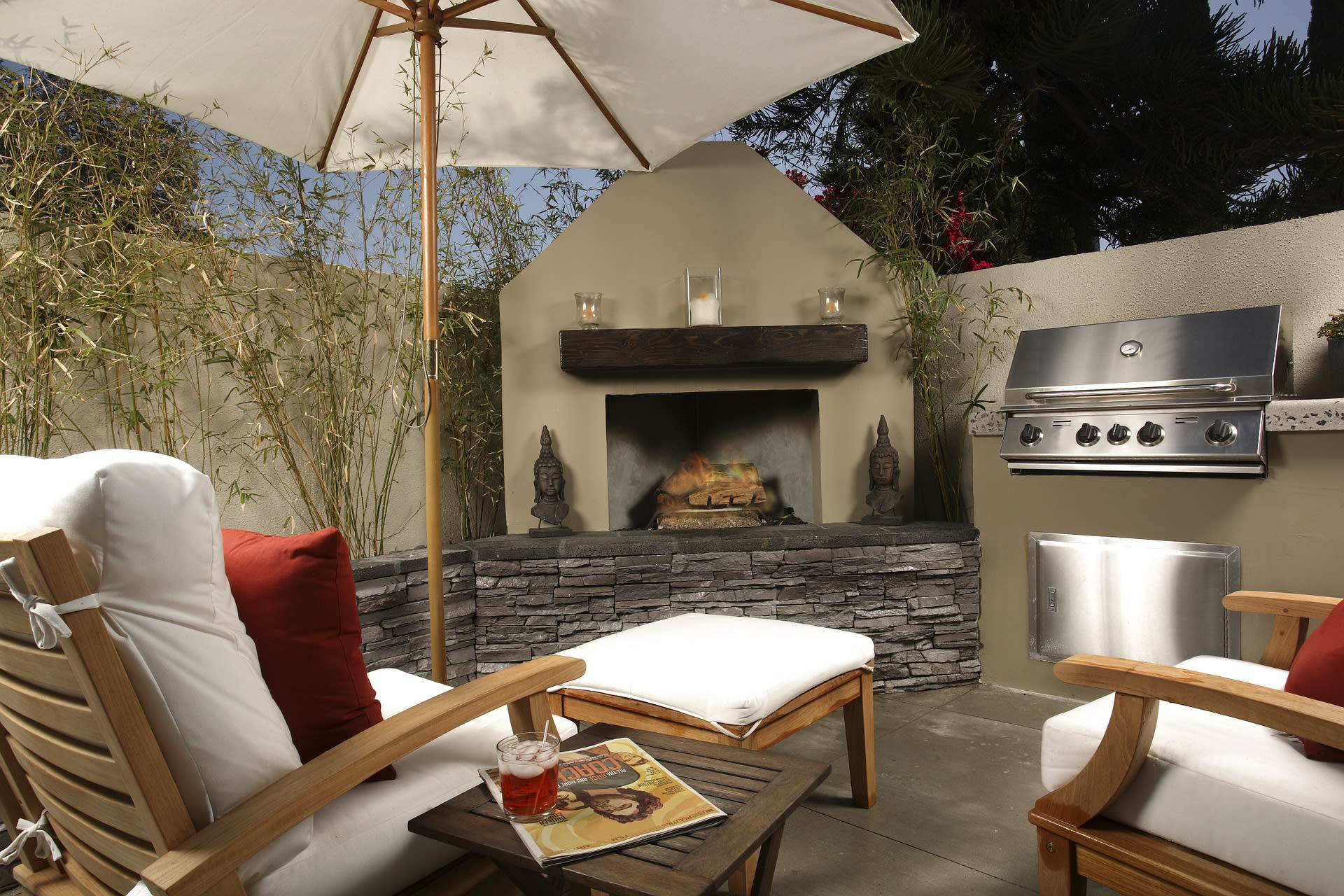 outdoor living space - staging